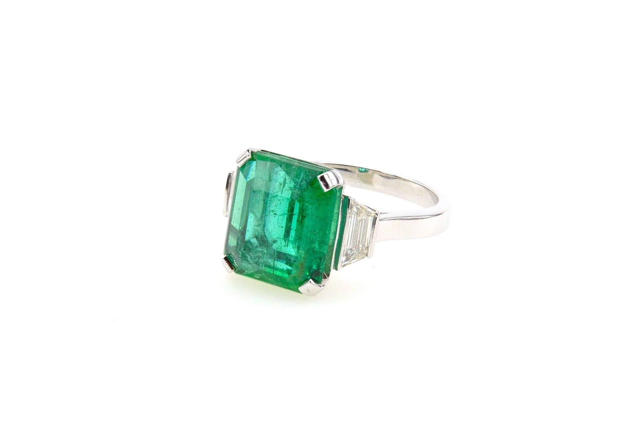 vendre bague emeraude diamants trapèzes