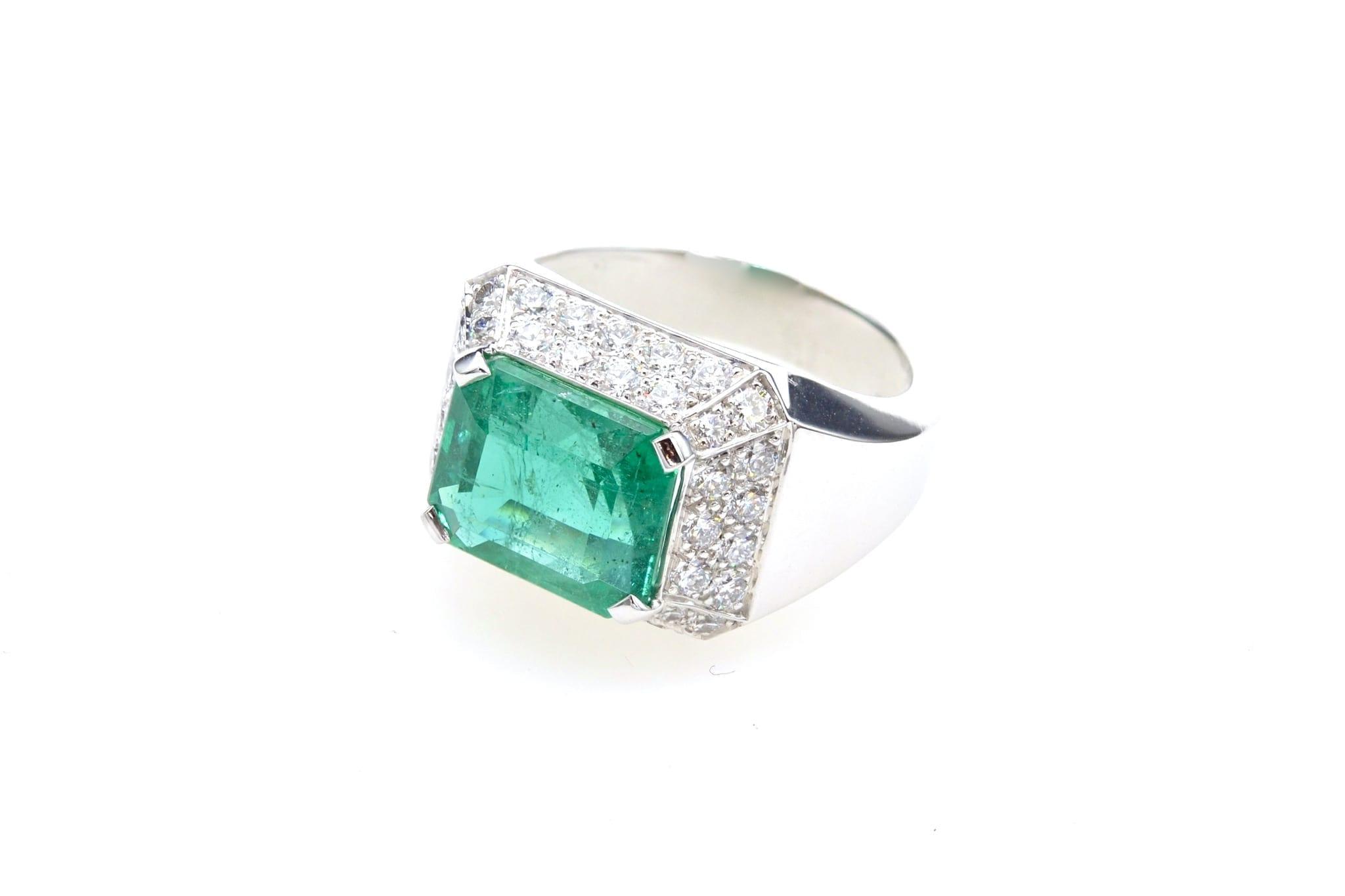 vendre bague emeraude pavee de diamants