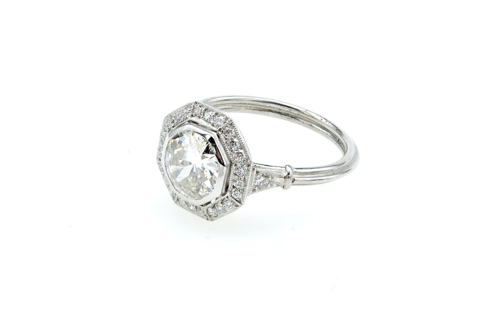 bague octogonale Art Déco diamant