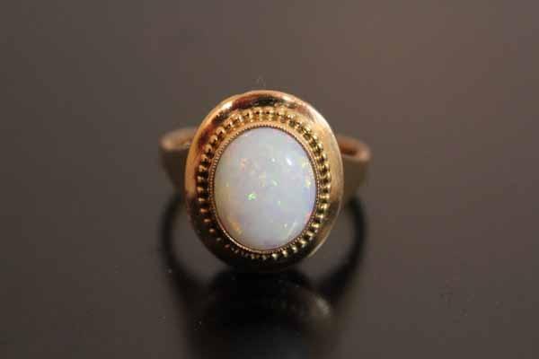 bague fine opale