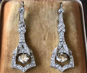 Boucles d'oreilles anciennes Art Deco