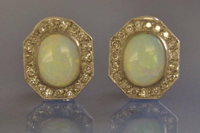 boucles d'oreilles opales