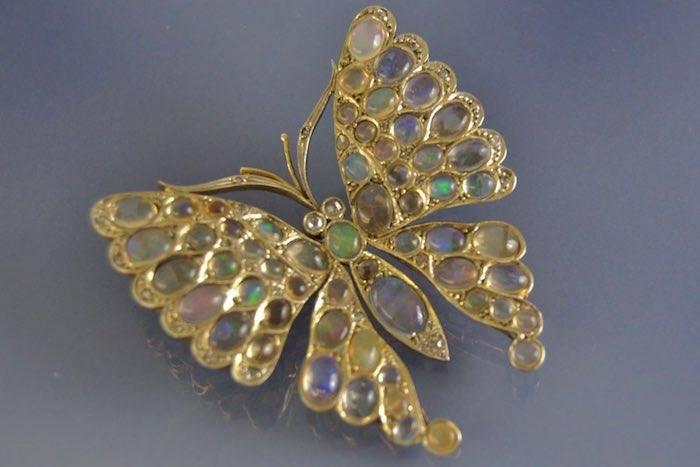 achat papillon 19e opale