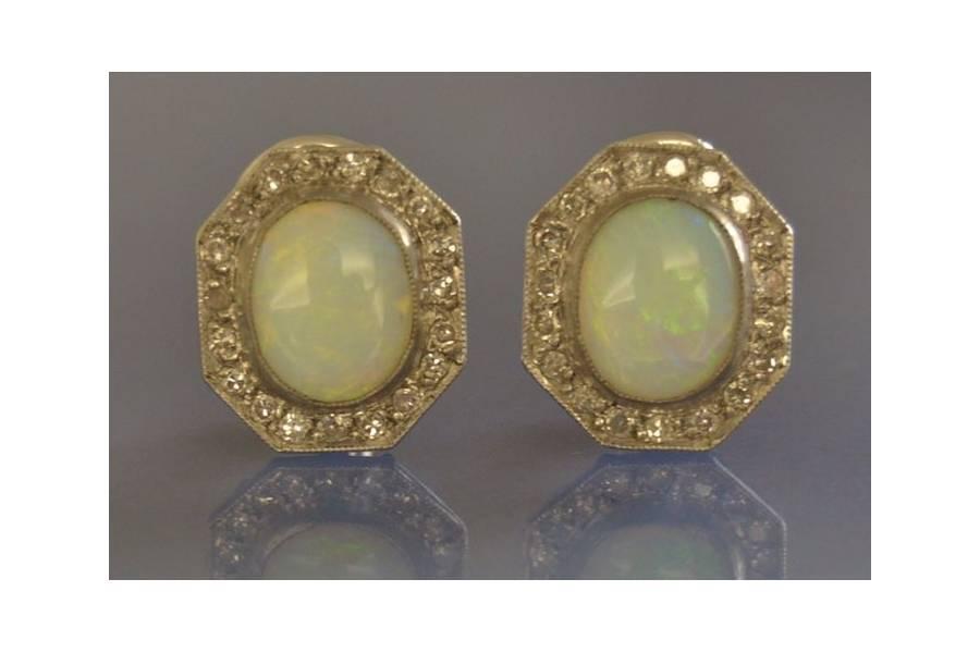 rachat puces d'oreilles opales