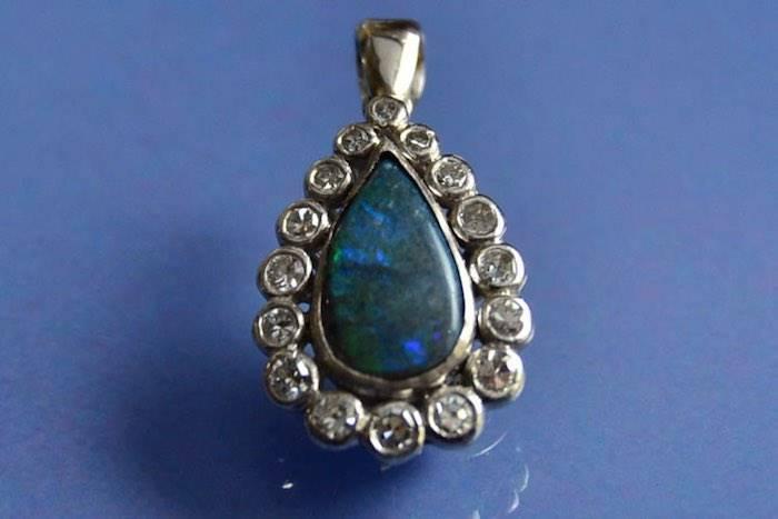 vendre pendentif opale