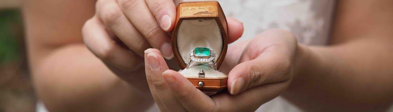Achat de bijoux anciens d'occasion