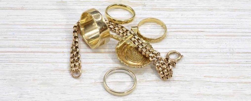Débris et déchet d'or