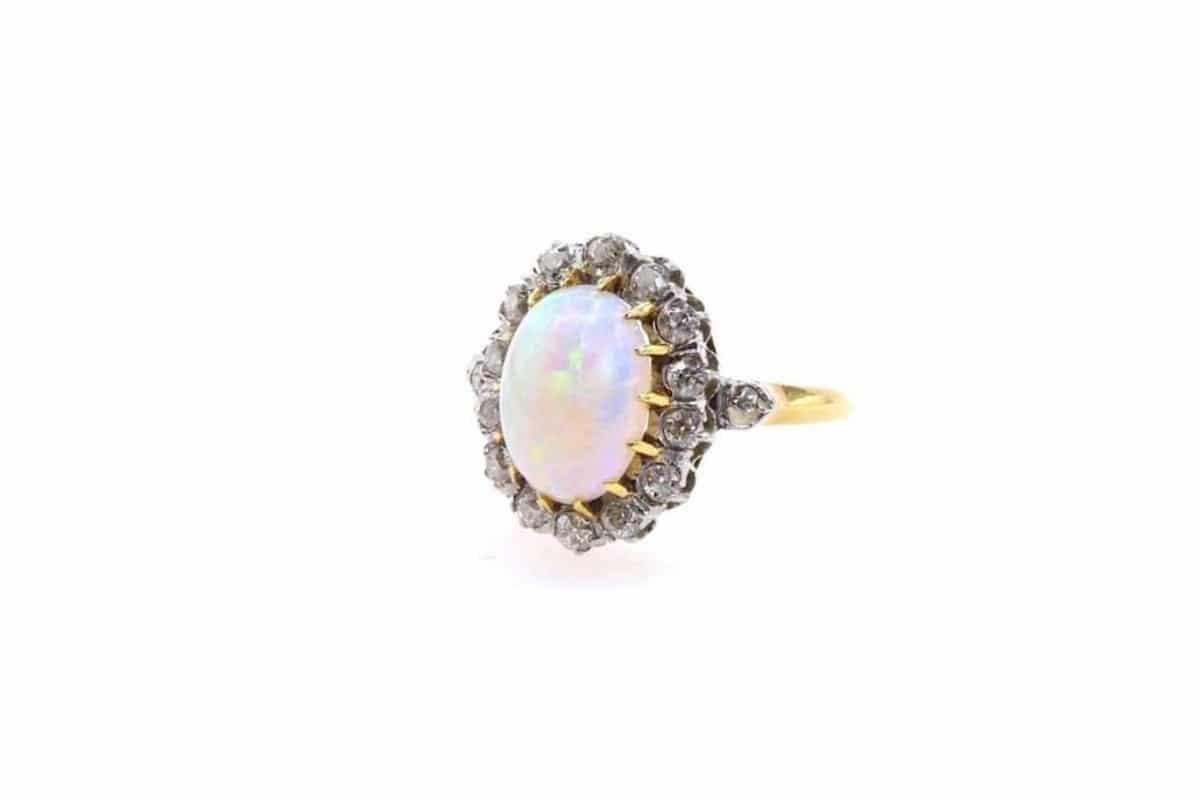 bague ancienne opale et diamants