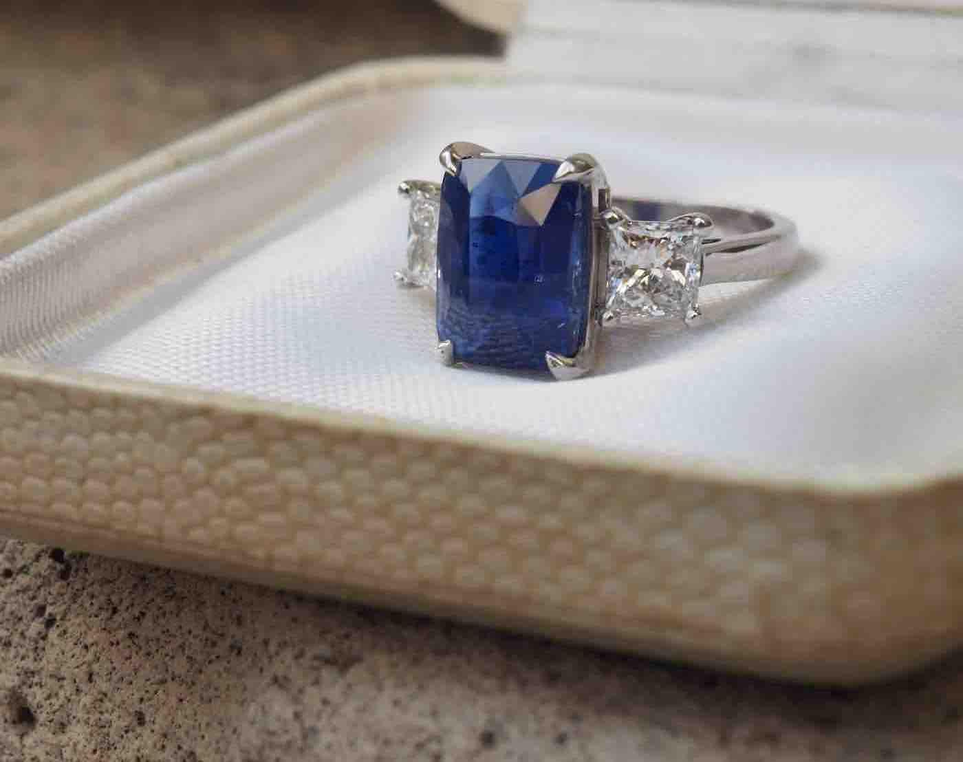 bague saphir ancienne diamants