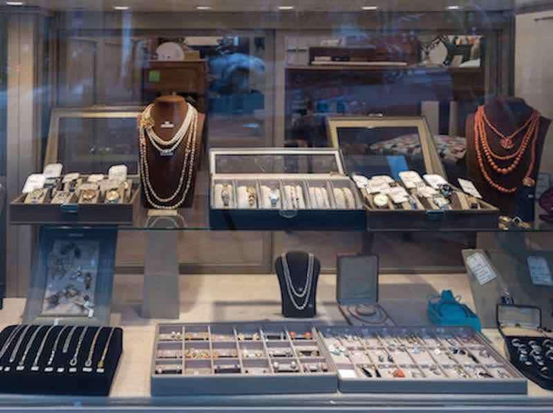 achat de bijoux paris 75009