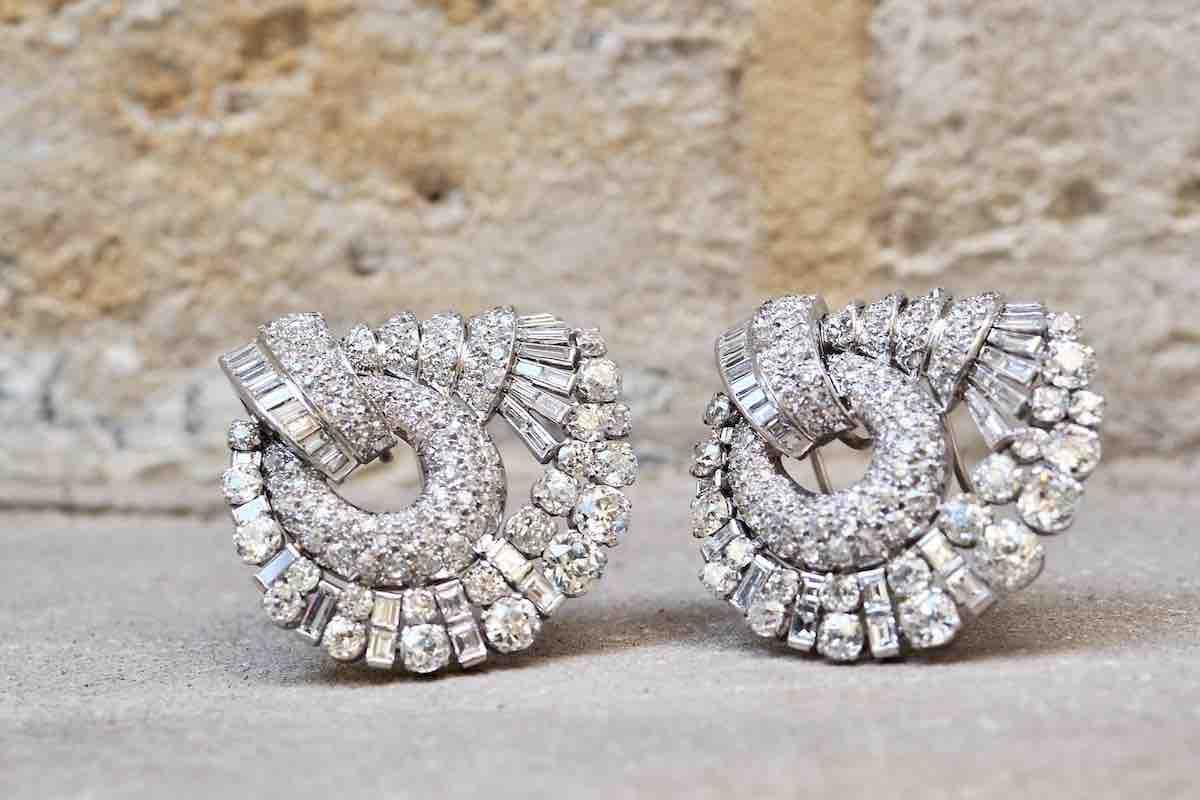broches diamants signées