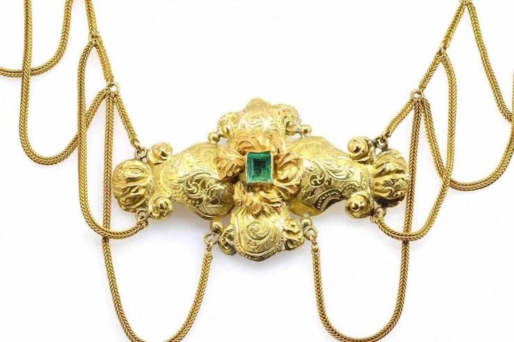collier emeraude vintage en or