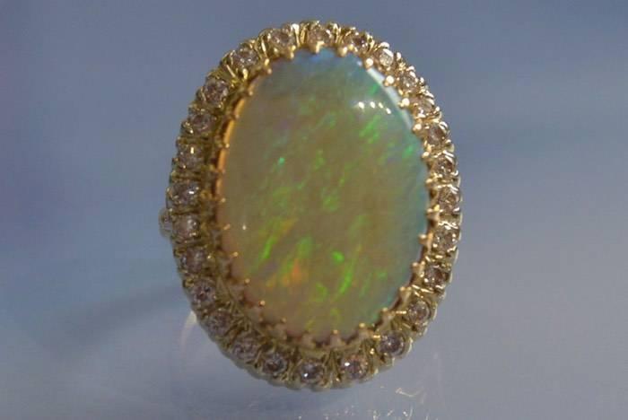 achat opale entourage diamants