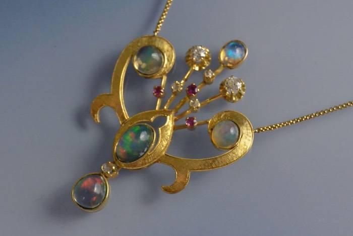 collier ancien opale diamants