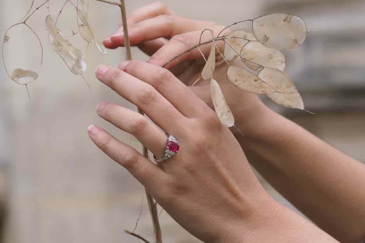 bague rubis anciens diamants
